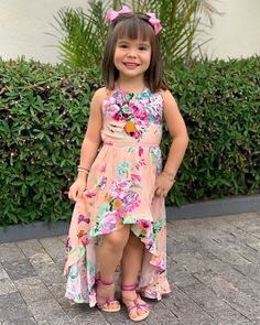 African Dresses For Kids, Kids Outfits Girls, Cute Girl Outfits, Little Girl Dresses, Baby Dress Design, Baby Girl Dress Patterns, Frock Design, Baby Frocks Designs, Kids Frocks Design