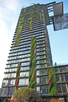 One Central Park Vertical Gardens, Sydney, March 2014 Green Architecture, Sustainable Architecture, Landscape Architecture, Architecture Design, Vertikal Garden, Parc Floral, Green Facade, Tower Garden, High Rise Building