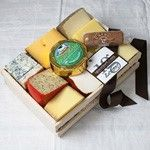 Cheese Lover's Sampler in Gift Basket: Buy Cheese Lover's Sampler in Gift Basket Online, Read Reviews at igourmet.com