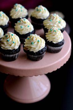 Mini Cupcakes, Breakfast Recipes, Muffins, Sweets, Cookies, Foods, Mascarpone, Bakken, Crack Crackers