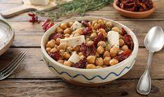 Salata od leblebija sa sušenim paradajzom i sirom Appetisers, Fruit Salad, Cereal, Salads, Sweet Home, Beans, Vegetables, Cooking, Breakfast