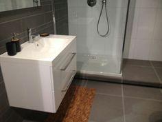 Gestucte Badkamer Nadelen : 7 beste afbeeldingen van toilet apartment bathroom design