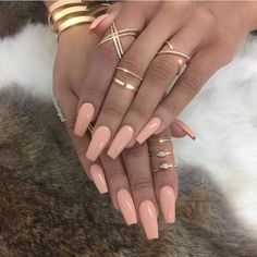 Are you looking for peach acrylic nails design? See our collection full of peach acrylic nails designs and get inspired! Gorgeous Nails, Love Nails, How To Do Nails, Pretty Nails, My Nails, Style Nails, Peach Acrylic Nails, Peach Nails, Matte Nails