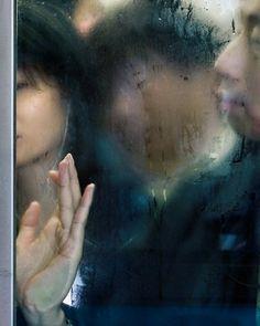 """"""" Ah, c'qu'on est serré au fond de cette boite..."""" ( Patrick Sébastien ) / Hong Kong. / Photo by Michael Wolf."""