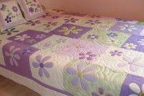 Roxo e verde floral, muito acolchoado colcha