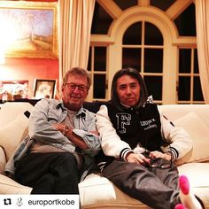 HF Post : 2017/03/04 17:03:19 - #Repost @europortkobe with @repostapp ・・・ Eric Clapton and @fujiwarahiroshi. Thank you for a wonderful time. ・ #england #ericclapton #fujiwarahiroshi #nicefriends #2017 #leica