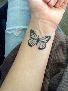 Trendy Piercing Mamilo Feminino Pequeno 16 Ideas - List of the most beautiful tattoo models Dope Tattoos, Mini Tattoos, Elbow Tattoos, Dainty Tattoos, Little Tattoos, Wrist Tattoos, Body Art Tattoos, New Tattoos, Tattoos For Guys