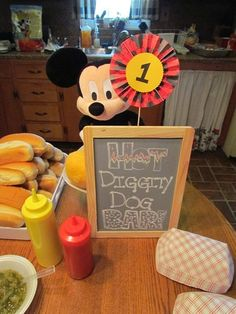 Mickey Mouse Birthday Party Idea