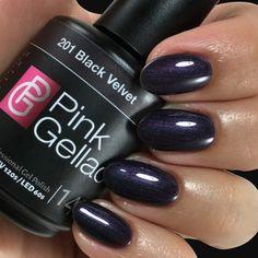 Pink Gellac Color 201 Black Velvet - Famous Last Words Pink Gel Nails, Gel Nail Polish Colors, Toe Nail Color, Black Nail Polish, Dark Nails, Nail Colors, Black Velvet, Shellac, Velvet Nails