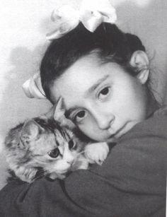 Natalia Bessmertnova and her pet cat.