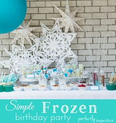 Simple Frozen Birthday Party | Girl's Birthday Party Ideas | perfectly imperfect
