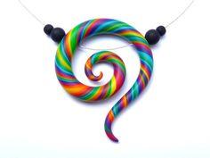 Kette+KORU+Regenbogen+Spirale+Fimo+Schmuck+bunt+von+aroha+-+jewels+&+arts+auf+DaWanda.com