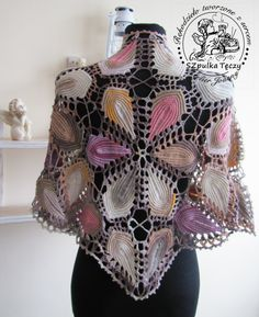 This shawl is crocheted with leaves irish crochet. Made to order. After placing an order give me max 4 primary colors, and I will create for you