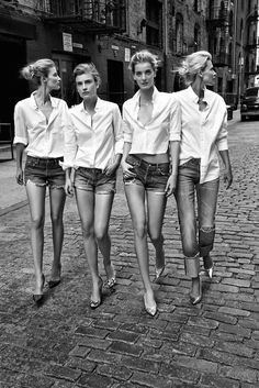 How To Wear Boyfriend Shirt Classic White 45 Ideas Mode Style, Style Me, Mode Shorts, Denim Shorts, Cutoffs, Ripped Denim, White Denim, Mode Poster, Estilo Jeans