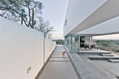 This project is an exploration of the modernist pavilion in an extreme desert context. The site is a west-facing rocky knoll with distant views of a volcanic mountain ridge to the west and the Sea of Cortez to the south. The organization of the...