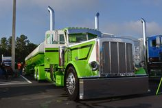 Reigning national champs continue victory streak at 75 Chrome Shop Pride & Polish | Overdrive - Owner Operators Trucking Magazine