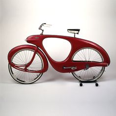 Spacelander bicycle, by Benjamin G. Bowden.  Designed 1946, manufactured 1960. In the collection of the Brooklyn Museum.