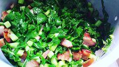 Para mim essa é a melhor maneira de comer couve... com bacon!   Qual a sua?  #senhortanquinho #controleseucorpo #vidalowcarb #menoscarboidratos #baixocarbo #lowcarb #dietalowcarb #paleobr #paleobrasil #lowcarbpaleo #dietalchf #lchfbrasil #alimentaçãosaudável #dieta #comidadeverdade #couve #bacon