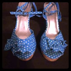 Polk dot wedges Blue polka dot bamboo wedges size 71/2 very good condition Bamboo Shoes Wedges