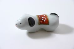hashioki, Dog (Inu - 戌) The dog is one of the twelve Chinese zodiac signs which are also used in Japan.