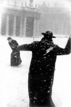 """Vatican City: Pope John XXIII enjoys the snow"" by Leonard Freed, 1958 Vatican City Rome, Le Vatican, Magnum Photos, Men In Black, Black White, Papst Johannes Xxiii, The Snow, Jean Xxiii, Leonard Freed"