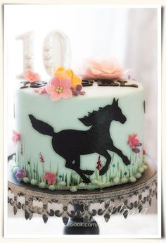 Whimsical horse inspired cake for a beautiful birthday party