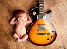 newborn and guitar photography | Strings and Heartstrings {Cincinnati Professional Newborn Photography}