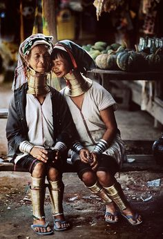Burma / Myanmar. Although they aren't African, this is evident in some Africa Tribes. This is proof that some traditions or habits in some cultures overlap with others that may be in some other place.