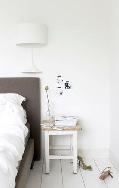 my scandinavian home: Beautiful Dutch monochrome spaces by My Deer Airy Bedroom, Home Bedroom, Bedroom Decor, Design Bedroom, Bedroom Ideas, Master Bedroom, Home Goods Decor, Home Decor, Beautiful Living Rooms