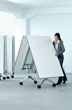 Be able to block off office for an additional conference room make the table - Table bureau pliante ...