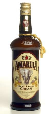 Travel BEST souvenirs: SOUTH AFRICA: Amarula Marula fruit cream liqueur is one of the best bottles to give as a gift for the holiday sea. Countries Around The World, Around The Worlds, African Holidays, Cream Liqueur, What A Wonderful World, Cocktail Drinks, Wonders Of The World, South Africa, Liquor