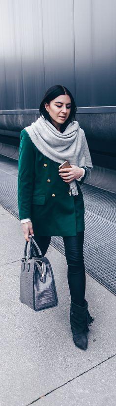 Outfit mit Lederhose