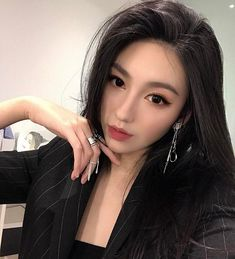 Brazilian 360 Lace Frontal Wig Pre Plucked With Baby Hair Straight Lace Front Human Hair Wigs For Women Korean Makeup Look, Korean Makeup Tips, Korean Makeup Tutorials, Asian Makeup, Korean Natural Makeup, Stunning Makeup, Pretty Makeup, Makeup Looks, Korean Beauty Tips