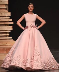 Ezra Santos Couture at FFWD 2015