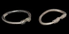 Viking Twisted Ring Group