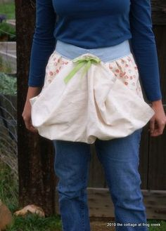 Egg Gathering Apron - Mary, thinking about your chickens and eggs...