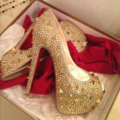 Christian Louboutin the best one , christian louboutin, designer shoes, fashion, featured, glamour, shoes