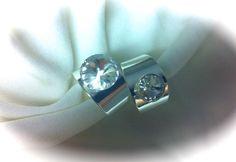 Anillos ajustables con cristal swaroski transparente (de 8mm y 12mm), base en latón sin nikel (antialergico), baño en plata brillante 6,50€