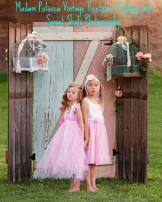 """Princess Party"" Madam Palooza styled with Sweet Shots Photography and Olivia Ann designs with Party Style Magazine's publications www.MadamPaloozaEmporium.com www.facebook.com/MadamPalooza"