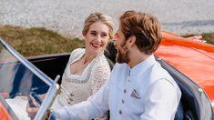 Ein eedle tracht ist das perfekte Outfit für eine Hochzeit im Sommer: Spitzendetails und warme farben lockern das Bild auf. Fotografie: Salome Sommer @salomesommer.videografie Make Up: @fine_makeup_art Schmuck: @Juwelierwieland Models: @Rominaalena, @niklas_becher, @patiii1608, @sabrina.graef Fitting: @l.dso Floristik: @blumenollesch Location:@chiemsee_chalet Dekoration und Organisation:@myprettywedding.de