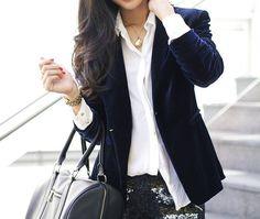 If only I could pull off this blue velvet blazer!