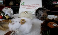 Sind wir nicht alle Jäger?! Foto: Doris Christmas Ornaments, Holiday Decor, Home Decor, Pictures, Xmas Ornaments, Homemade Home Decor, Christmas Jewelry, Christmas Baubles, Decoration Home