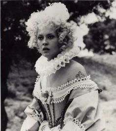 Milady de Winter-Faye Dunaway