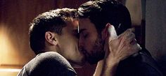 Coliver kiss in Movies Showing, Movies And Tv Shows, Hot Surfer Guys, Conrad Ricamora, Connor And Oliver, Hot Surfers, Jack Falahee, Romantic Men, How To Get Away