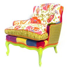 The Queen Of Hearts Chair - the crazy in me wants this so badly!