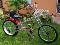 Photos of custom motorized bicycles.See OCC Schwinn Stingray choppers we've motorized.Also rat rods & cruisers, e-bikes or ones with gas and electric motors. Gas And Electric, Electric Motor, Bike Chopper, Gas Powered Bicycle, Banana Seat Bike, Tricycle Bike, Bicycles For Sale, Motorized Bicycle, Custom Bikes