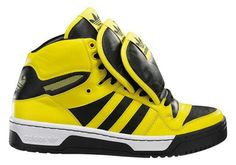 official photos bf324 9e70d Jeremy Scott 3 tongue Adidas. I want these in white black Hypebeast, Zapatos