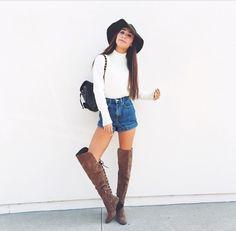 Eva's outfits never fail to impress me :)