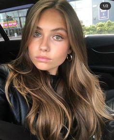 Brown Hair Balayage, Blonde Hair With Highlights, Brown Blonde Hair, Light Brown Hair, Light Hair, Light Brunette Hair, Honey Balayage, Brown Hair Shades, Medium Blonde