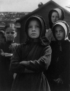 """""""Five Amish Children"""" (1953);  by Aubrey Bodine"""